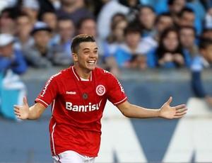 Dalessandro gol Internacional (Foto: Jefferson Bernardes / VIPCOMM)