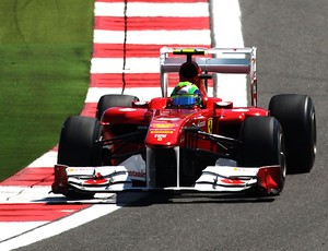 Massa com a asa traseira aberta na F1 (Foto: Getty Images)