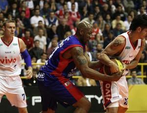 basquete NBB dede franca cipriano brasília (Foto: Célio Messias / Divulgação)