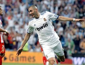 benzema real madrid gol almeria (Foto: agência Reuters)