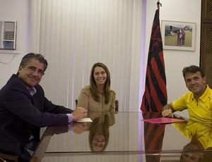 petkovic patricia amorim reunião flamengo (Foto: Divulgação/Fla Imagem)