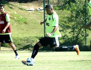 leandro atlético-mg treino (Foto: Lucas Catta Prêta / Globoesporte.com)