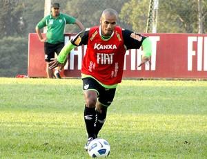 Amaral no treino do América-MG (Foto: Tarcisio Badaró / GLOBOESPORTE.COM)