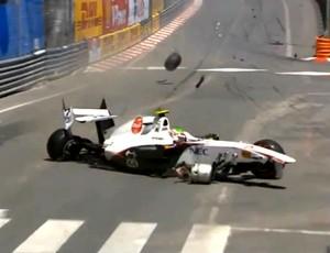 FRAME acidente Sergio Perez (Foto: Reprodução)