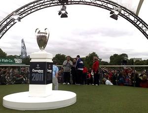 taça da Liga dos Campeões na final em Londres (Foto: Rodrigo Sirico / Globoesporte.com)