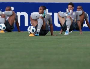 Anderson Thiago Neves treino Seleção (Foto: Mowa Press)