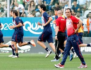 Cesare Prandelli no treino da seleção da Itália (Foto: Reuters)