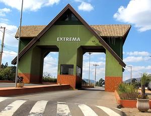 entrada de Extrema-MG  (Foto: Carlos Augusto Ferrari / GLOBOESPORTE.COM)