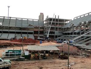 obras estádio Independência (Foto: Marcos Antônio Astoni/Globoesporte.com)