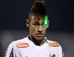 neymar santos laser cerro porteño (Foto: agência Reuters)