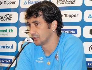 Douglas coletiva Grêmio (Foto: Alexandre Alliatti / Globoesporte.com)