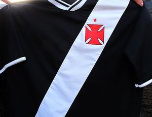 camisa do Vasco-PR (Foto: Gustavo Rotstein / GLOBOESPORTE.COM)
