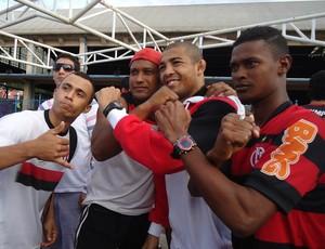 José Aldo e torcida Flamengo (Foto: Adriano Albuquerque / SporTV.com)