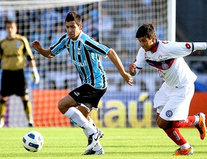 Saimon do Grêmio na partida contra o Bahia (Foto: Ag. Estado)