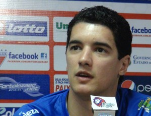 Luciano Sorriso jogador do Fortaleza  (Foto: Roberto Ranulfo/GLOBOESPORTE.COM)