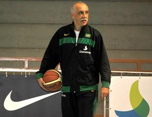 Ênio Vecchi técnico seleção basquete (Foto: João Gabriel / Globoesporte.com)