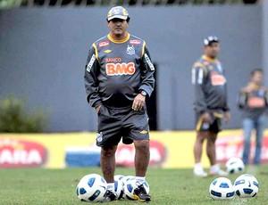 Muricy Ramalho no treino do Santos (Foto: Ricardo Saibun / Site Oficial do Santos)