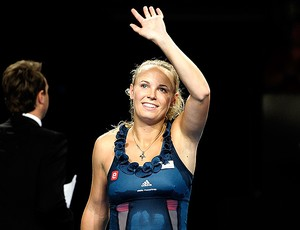 Caroline Wozniacki comemora vitória sobre  Mona Barthel (Foto: Reuters)