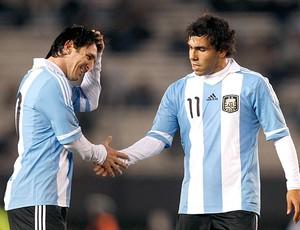 Messi e Tevez no amistoso da Argentina (Foto: AFP)