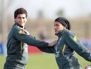 Ganso Neymar treino Seleção (Foto: Mowa Press)