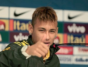 Neymar caras e bocas coletiva (Foto: Mowa Press)