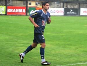Renato no treino do Botafogo (Foto: Thiago Fernandes / GLOBOESPORTE.COM)