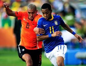 robinho brasil de jong holanda (Foto: agência Getty Images)