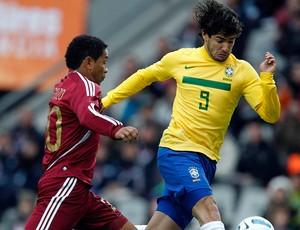 alexandre pato brasil venezuela copa américa (Foto: Agência Reuters)