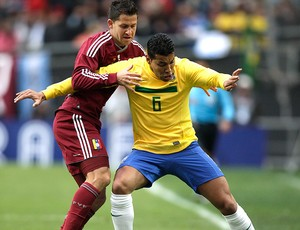 andre santos brasil venezuela copa américa (Foto: agência AP)