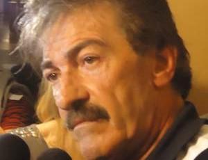 Ricardo La Volpe, técnico da Costa Rica (Foto: Marcos Felipe / GLOBOESPORTE.COM)