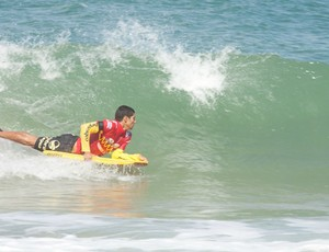 Primeira etapa do Estadual de Bodyboard, na Praia do Pompeia, em Vila Velha (Foto: Pepê Silva/OndaOn)
