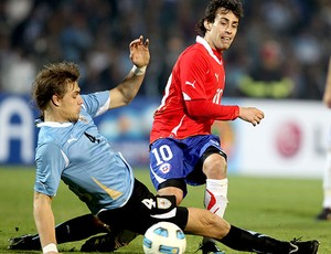 Sebastian Coates na partida do Uruguai na Copa América (Foto: EFE)