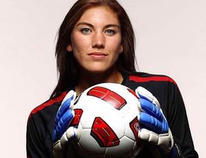 Musa do futebol feminino, Hope Solo quer mulheres jogando com homens