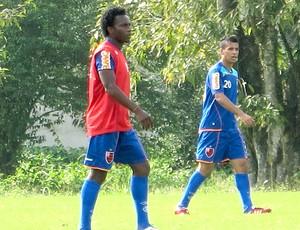 Willians no treino do Flamengo (Foto: Janir Junior / Globoesporte.com)