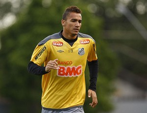 Danilo, do Santos (Foto: Foto: Ricardo Saibun / Santos FC )