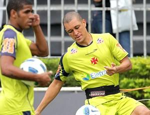 Eduardo Costa no treino do Vasco (Foto: Marcelo Sadio / Site Oficial do Vasco)