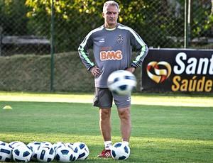 Dorival Júnior no treino do Atlético-MG (Foto: Bruno Cantini / Site Oficial do Atlético-MG)