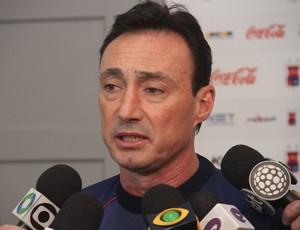 Roberto Fonseca, técnico do Paraná Clube (Foto: Gabriel Hamilko / GloboEsporte.com)