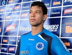Wallyson no treino do Cruzeiro (Foto: Matheus Maciel / Globoesporte.com)