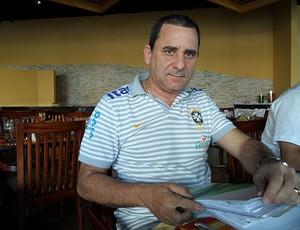 Roberto Valdemar, administrador da Seleção Brasileira (Foto: Victor Canedo / Globoesporte.com)