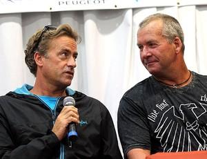 Tom Curren e Gary Elkerton durante coletiva de surfe (Foto: Cezar Loureiro / Ag. O Globo)