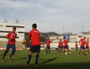 Paraná Clube treina na Vila Capanema (Foto: Gabriel Hamilko / GloboEsporte.com)