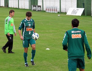 Tcheco treino Coritiba (Foto: Marcelo Prado / Globoesporte.com)