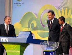 zico jerome valcke lucas sorteio da copa do mundo 2014 (Foto: André Durão / Globoesporte.com)