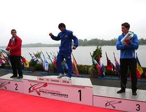 Isaquias Queiroz - ouro no C1 200m masculino (Foto: Divulgação)