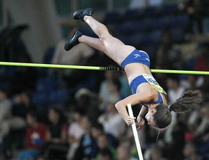 Fabiana Murer, etapa de Londres da Diamond League (Foto: AP)
