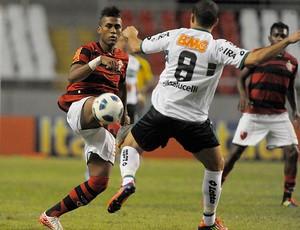 Luis Phelipe Muralha Flamengo x Coritiba (Foto: Alexandre Loureiro / VIPCOMM)