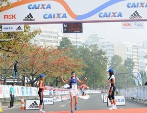 Franck Caldeira chega em segundo na Meia do Rio 2010  (Foto: Sergio Shibuya / ZDL)