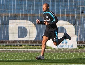 Gabriel no treino do Grêmio (Foto: Lucas Uebel / Site Oficial do Grêmio)