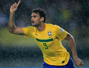 willian brasil x espanha sub-20 mundial (Foto: Reuters)